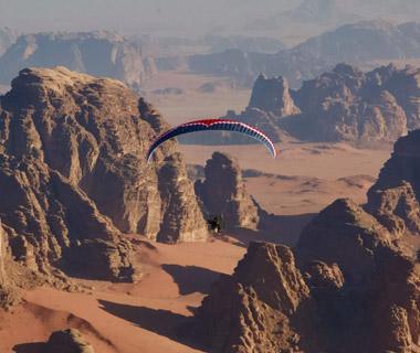 Paragliding in Wadi Rum